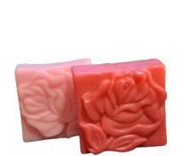 """Натуральное мыло ручной работы """"Цветок розы"""" (плоское квадратное)."""