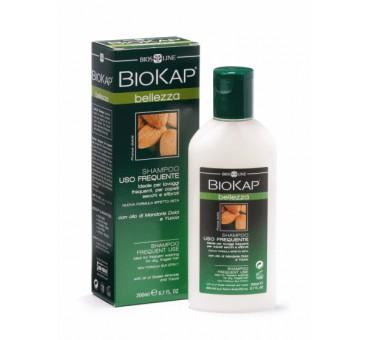 http://www.pharmamarket.ru/260-311-thickbox/biokap-schampun-dlya-chastogo-ispolzovaniya-200ml.jpg